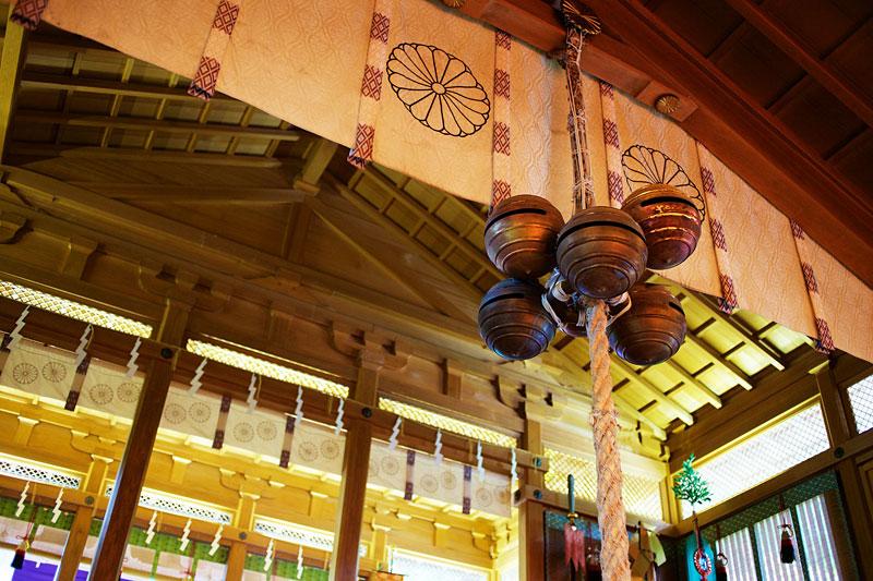 天河大辨財天社:日本三大弁天のひとつ。音楽と芸能の神さまが祀られており、全国から(海外からも!)参拝に訪れる方が跡を絶ちません